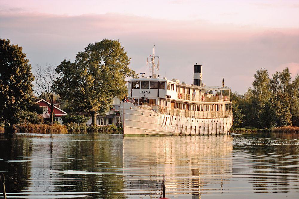 MS Diana, Göta Kanal