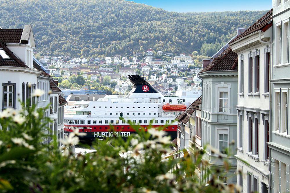 MS Nordkapp, Bergen