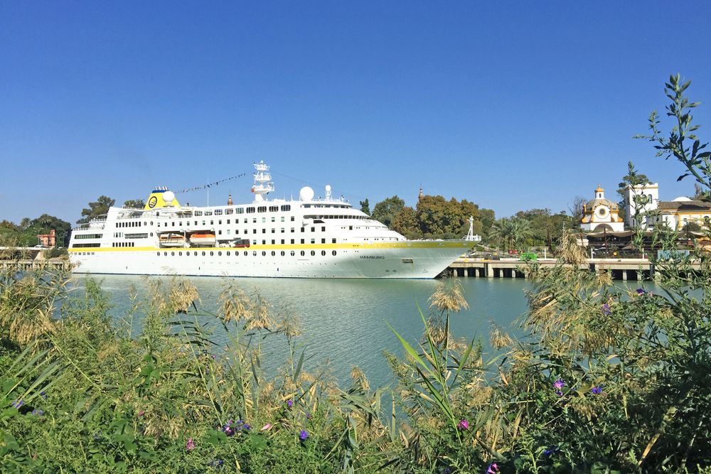 MS Hamburg, Sevilla