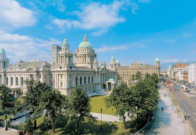Städtereise Bahnerlebnis Dublin & Belfast