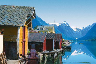 Havila Die große nordische Postschiffreise Tour B Bergen - Kirkenes - Bergen mit Flug nach Oslo/von Bergen