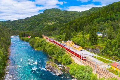 Bahn-/Schiffsreise Norwegens Vielfalt per Bahn & Postschiff